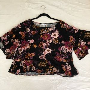 Cropped Elbow Length Top